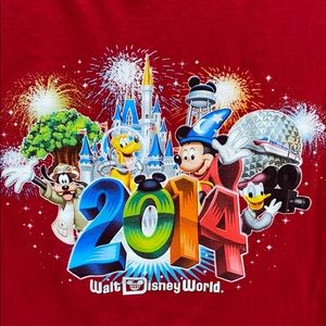 2014 Walt Disney World WDW collectible shirt